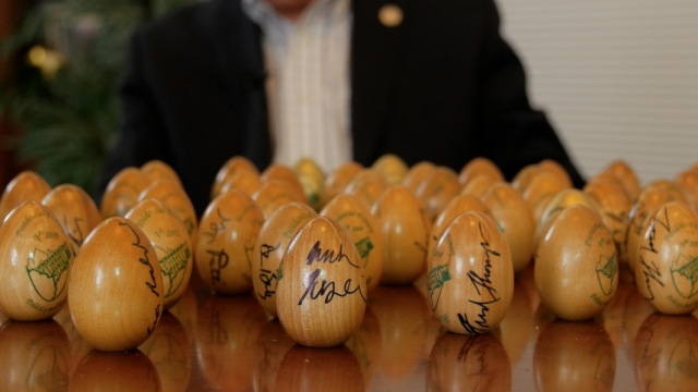 Why presidential candidates sign Wooden eggs in new Hampshire
