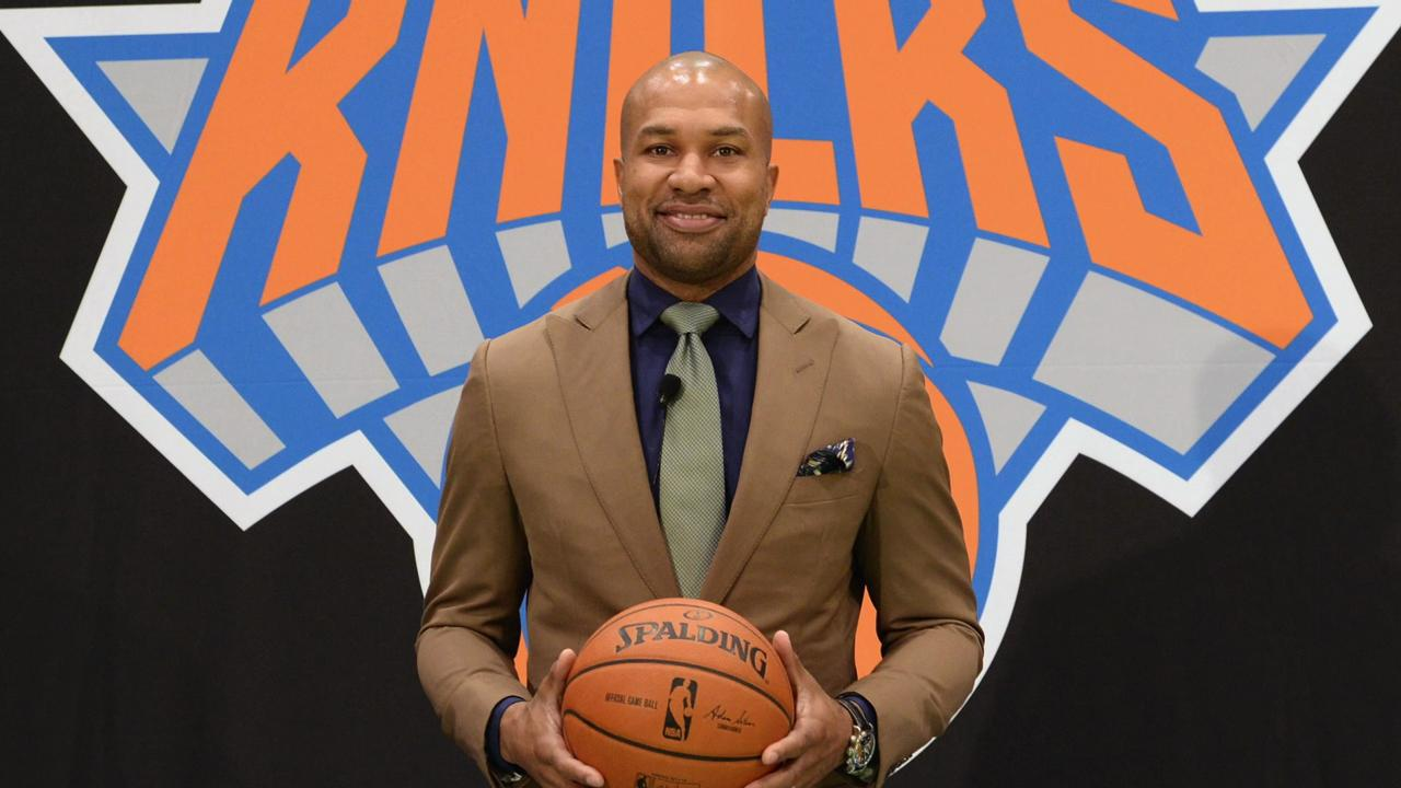 Knicks fire coach Derek Fisher