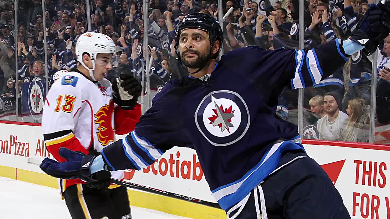 The Winnipeg Jets locked down their soon-to-be free agent D Dustin Byfuglien with a 5-year deal.