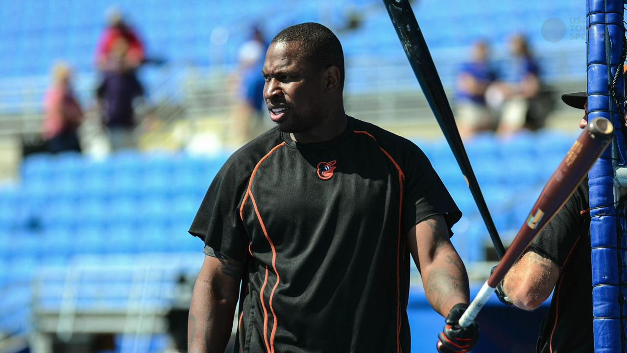 MLB veteran Delmon Young is accused of choking a hotel employee in Miami.