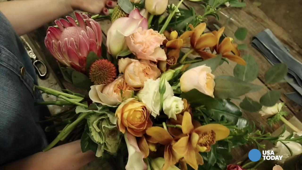 30 seconds from flowers to a bouquet