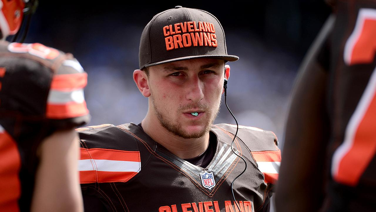 Cleveland Browns quarterback Johnny Manziel reportedly arrived at practice drunk near the end of the season, according to NFL Network's Mike Silver.