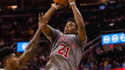 Bulls guard Jimmy Butler out 3-4 weeks
