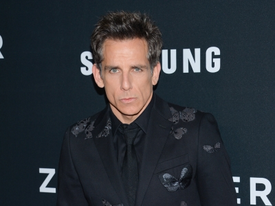 At the New York Premiere of 'Zoolander 2,' director and star Ben Stiller explains why now is the time to bring Derek Zoolander back, as co-stars Kristen Wiig and Penelope Cruz say social media and selfies bring the story up-to-date. (Feb. 10)