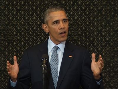 President Barack Obama returned to the Illinois capital where he once served as a state senator to deliver a speech urging the nation to reform its politics and strive for more unity. (Feb. 10)