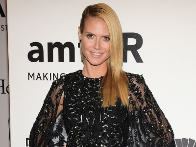 At a glamorous New York gala, Heidi Klum and Blake Lively were among the stars of fashion and film who donned their party dresses to honor film producer Harvey Weinstein and his work with AIDS research foundation, amFAR. (Feb. 11)
