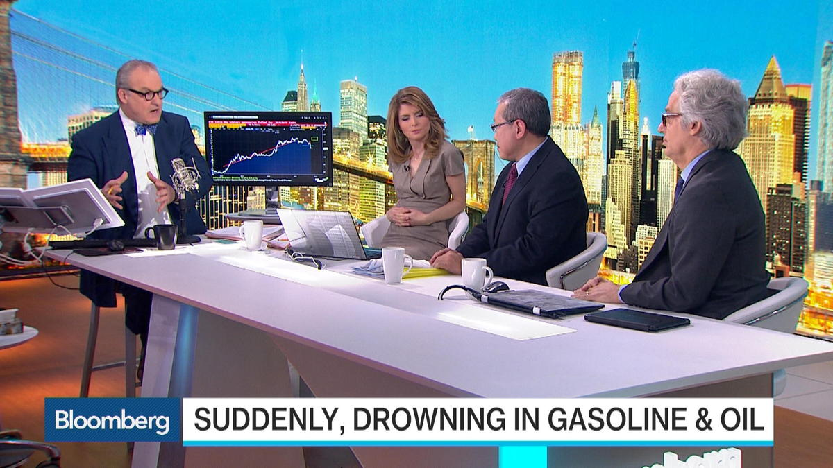 "William Lee, head of North America economics at Citigroup, and Lewis Alexander, chief U.S. economist at Nomura, examine global demand destruction in oil and production issues that continue to expand supply. They speak on ""Bloomberg Survei"