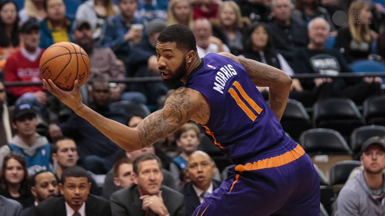 Two Suns teammates got into an on-court altercation during a loss to the Warriors.