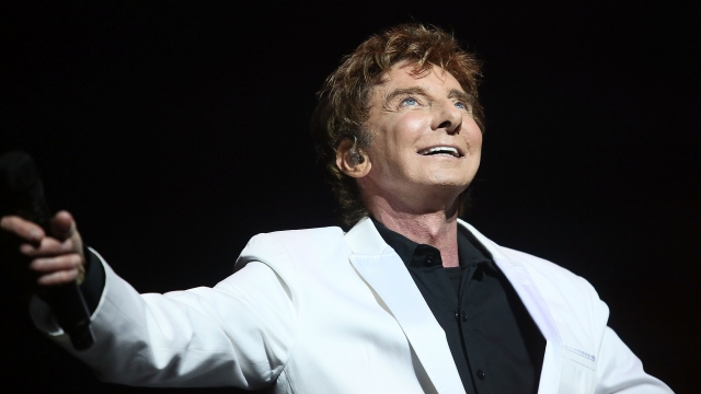After a show in Tennessee, Barry Manilow was rushed to Los Angeles because of complications from an emergency oral surgery earlier in the week. Video provided by Newsy