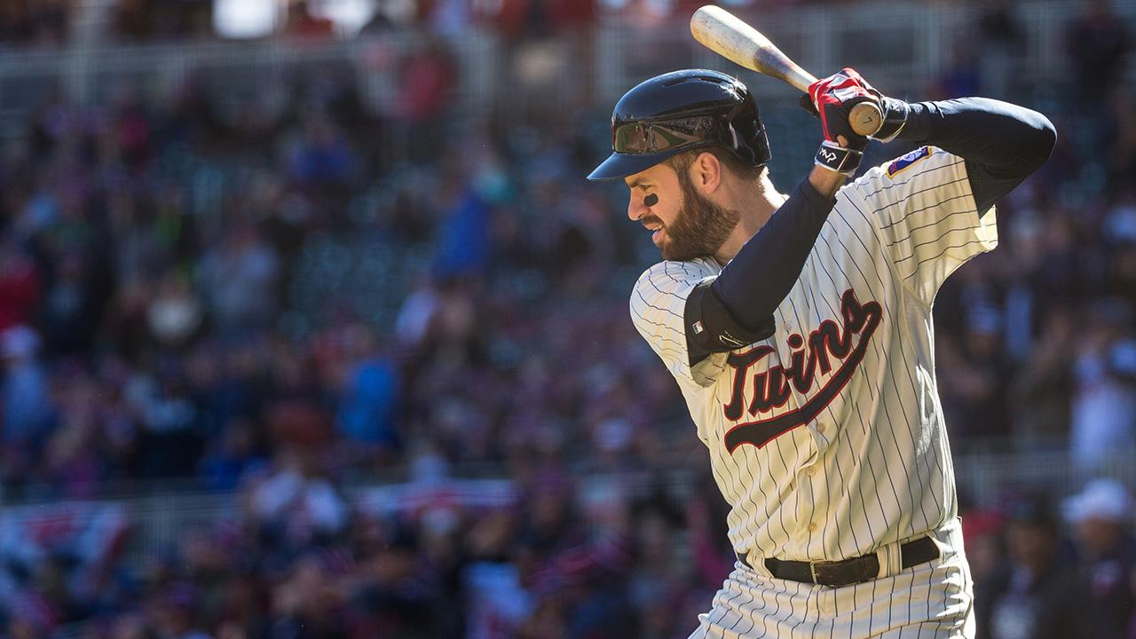 Twins first baseman Joe Mauer says a concussion suffered in 2013 has caused blurred vision at the plate.