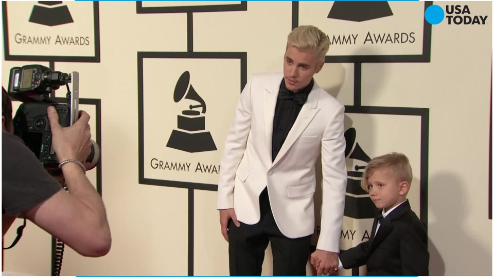 Justin Bieber brings his little brother to the Grammys
