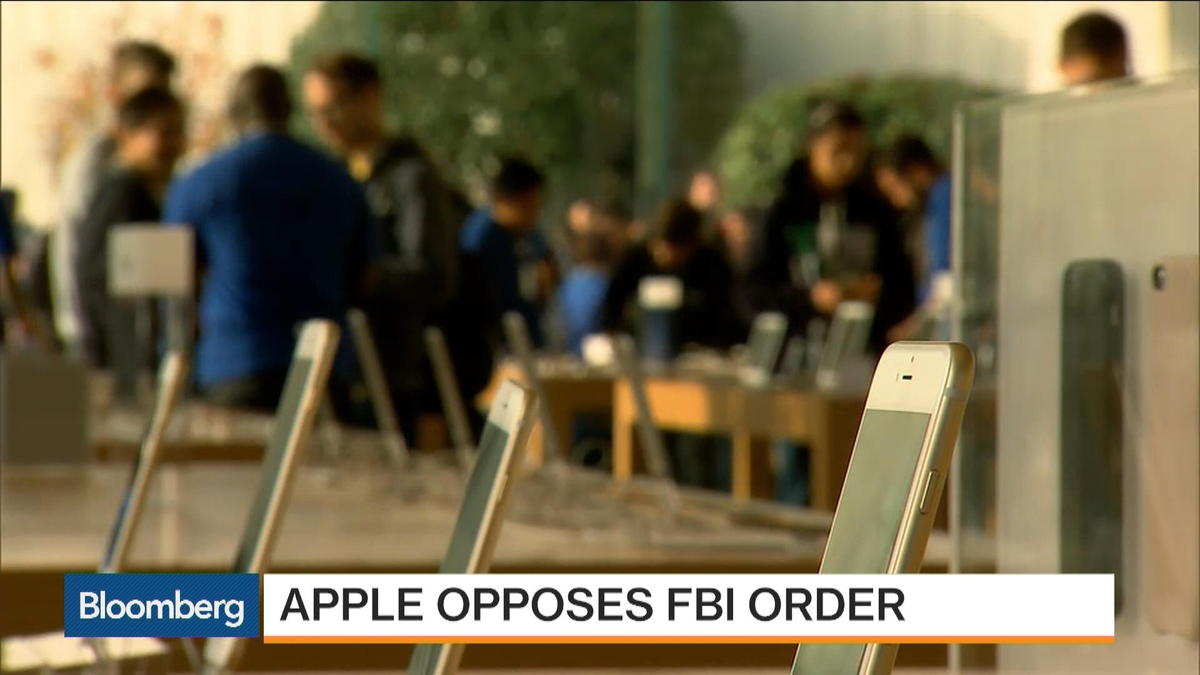 Apple Opposes DOJ, FBI Over Shooter's iPhone Data