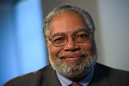 Capital Download: Lonnie Bunch