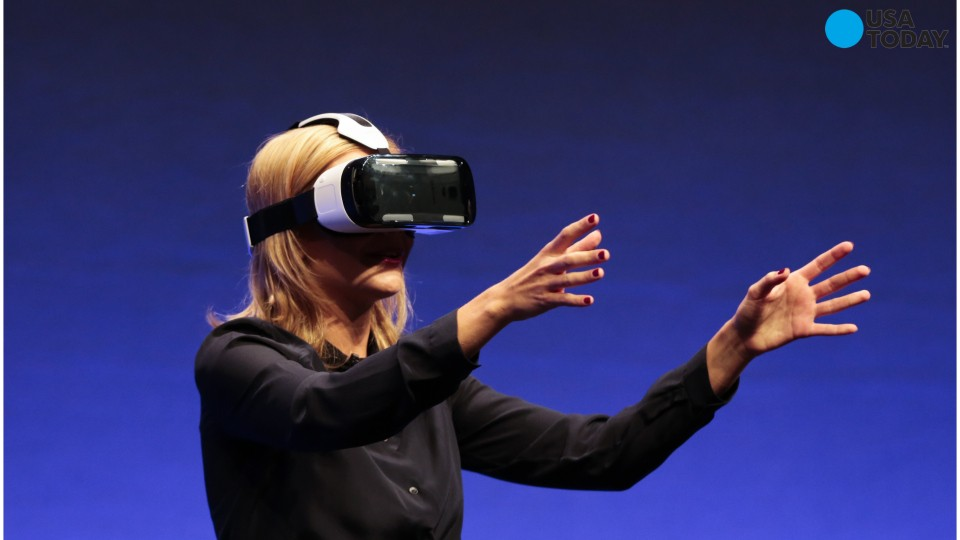 Mark Zuckerberg attempts to make Facebook virtual reality