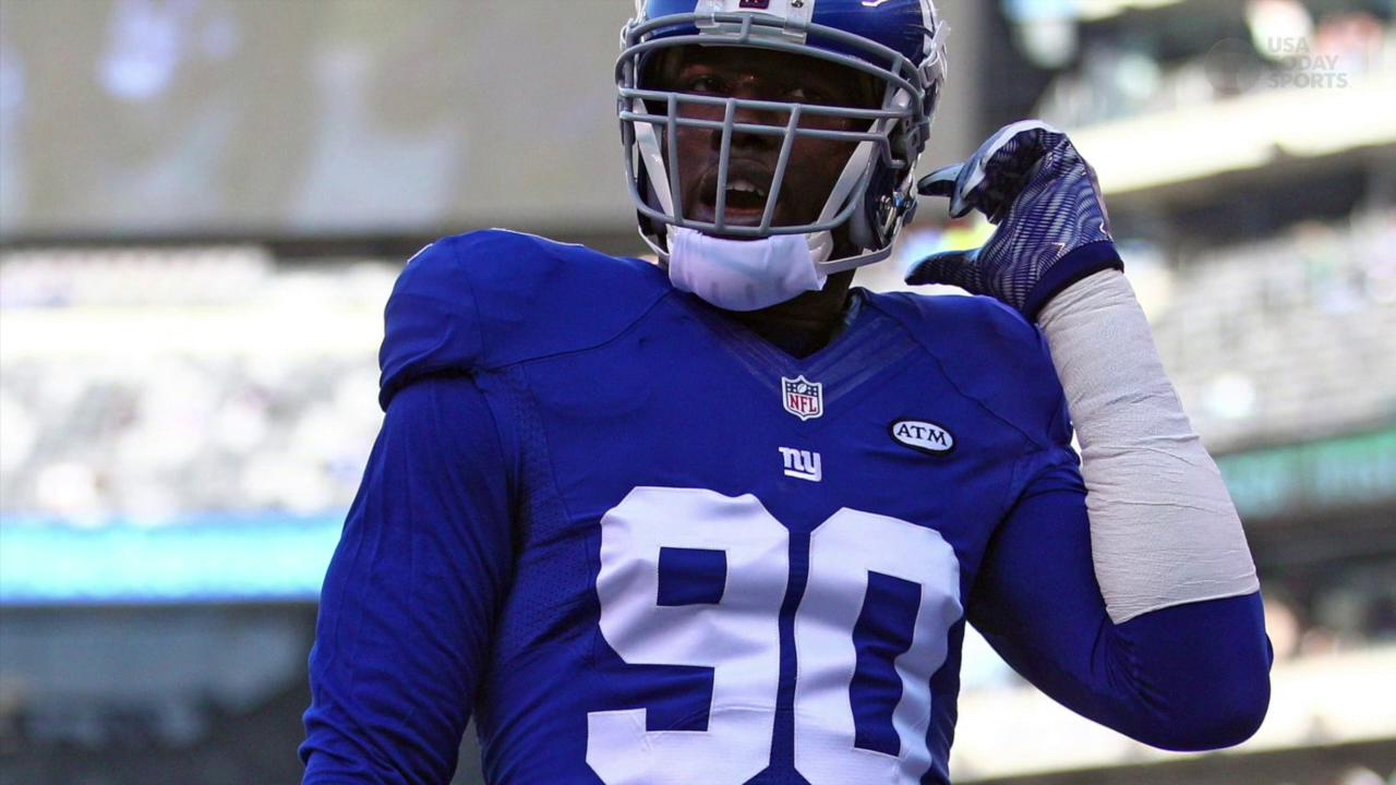 Giants defensive end's lawsuit claims Adam Schefter violated his privacy by posting his medical chart.