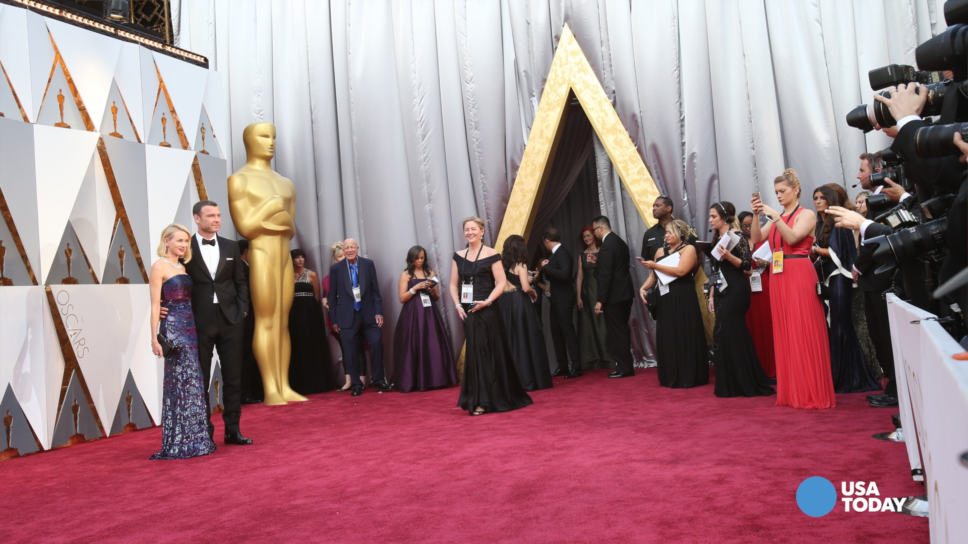 Oscar winners shine in the trophy room