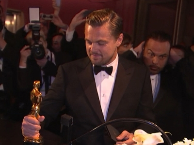 DiCaprio, Larson Have Oscars Engraved