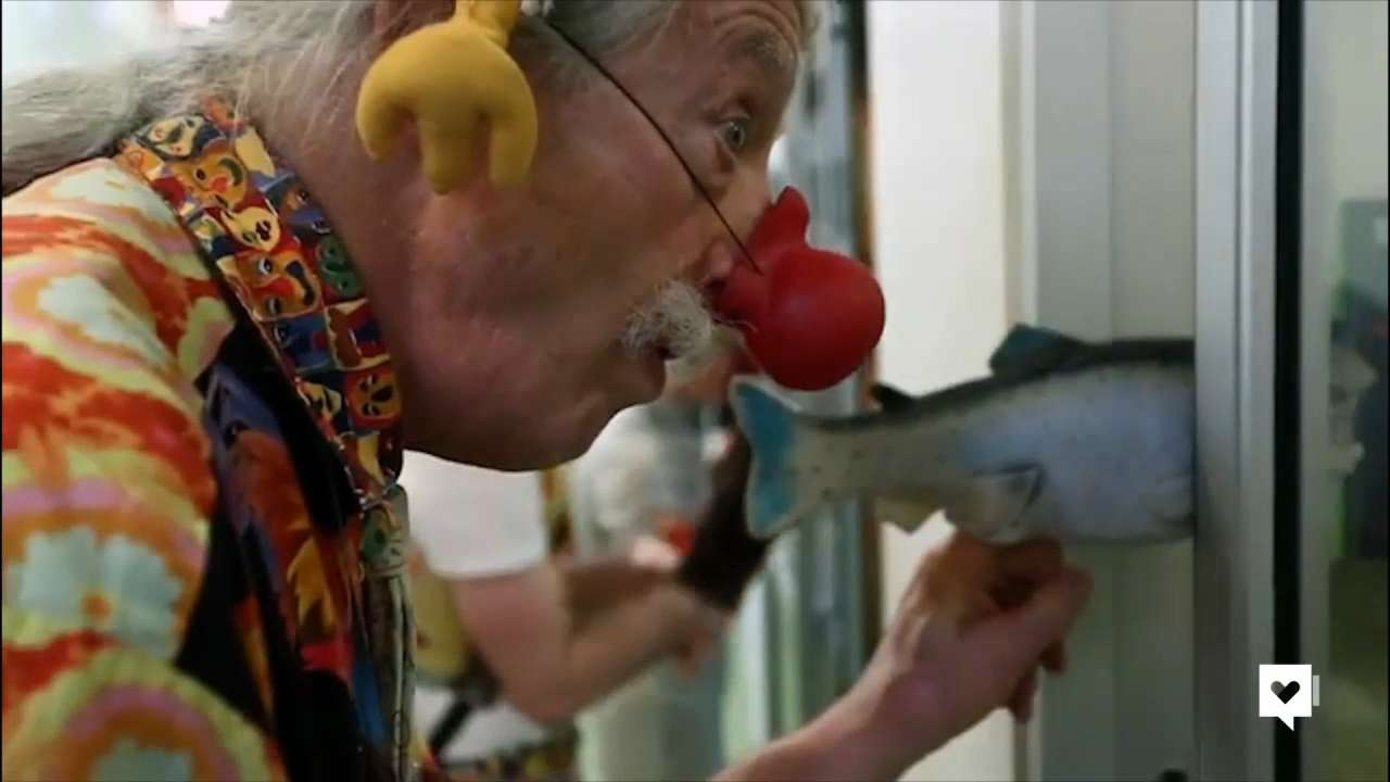The real Patch Adams spreads laughter at hospital