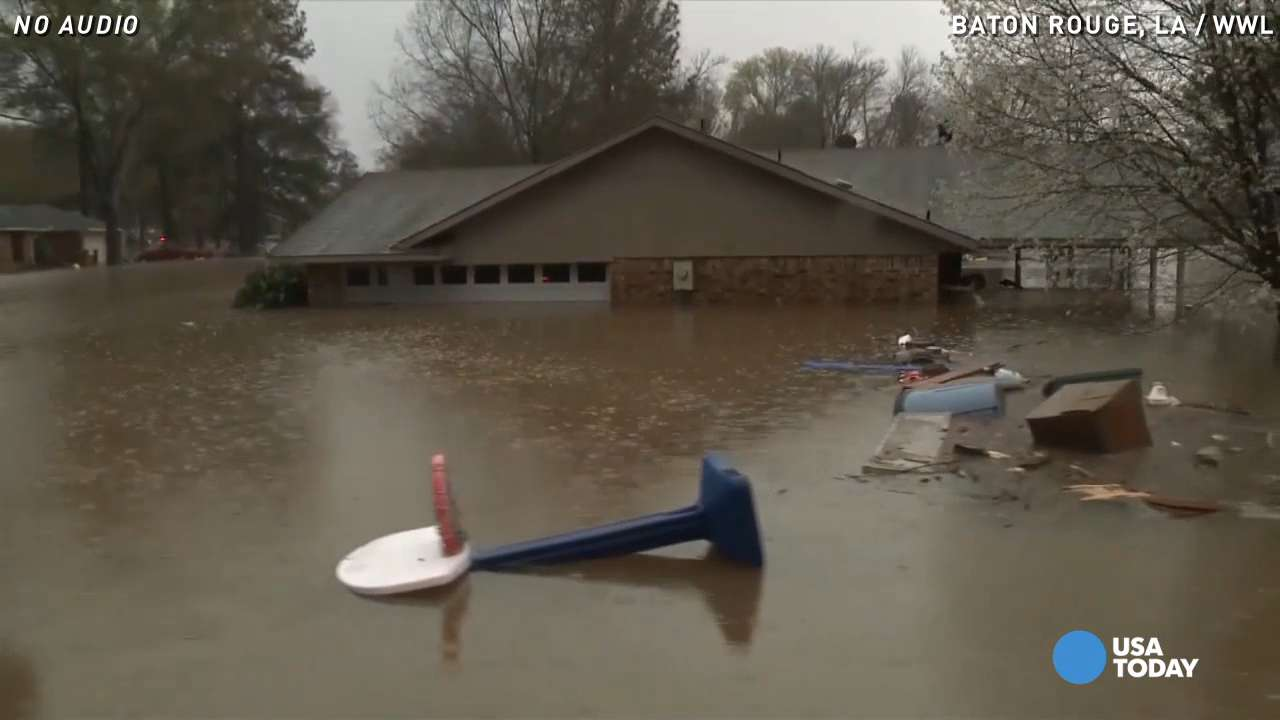 Flash flooding forces mass evacuations in Louisiana