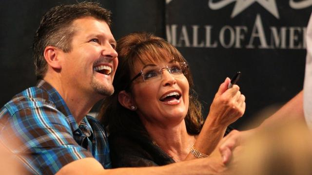 Sarah Palin's husband hurt in 'very serious' accident
