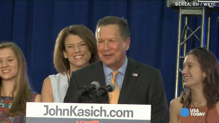 Kasich cracks joke after Trump heckler interruption
