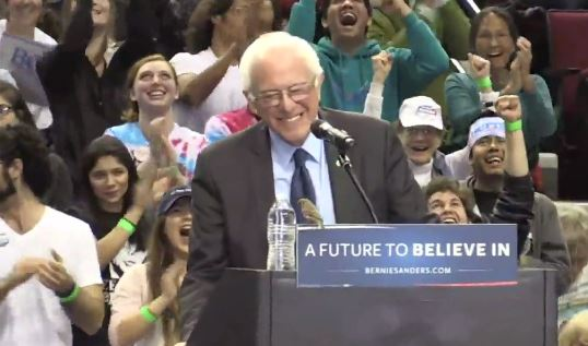 'Birdie Sanders' takes over Bernie Sanders rally
