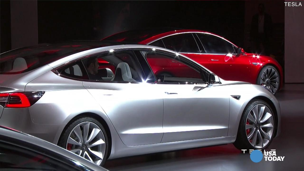 Tesla unveils its $35,000 Model 3 sedan