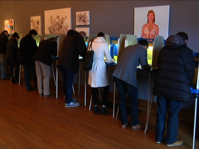Raw: Voters line up for Wisc. primary election