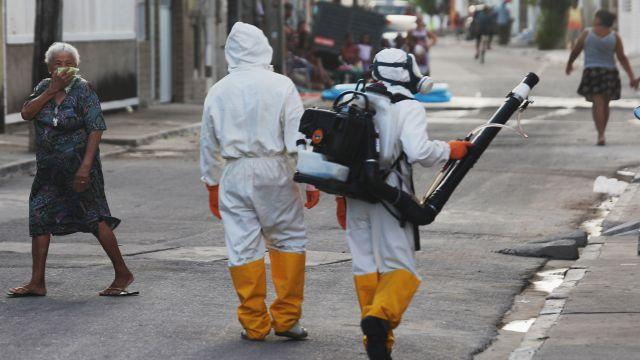 White House taps Ebola funds to temporarily stave off Zika