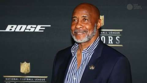 Southern California named former Trojan and NFL football player Lynn Swann its next athletic director on Wednesday. Swann replaces Pat Haden, who is set to conclude his tenure on June 30 after announcing his retirement.