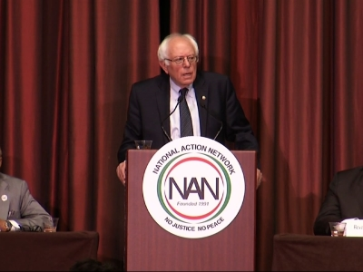 Sanders Hits Clinton on 'Establishment Politics'