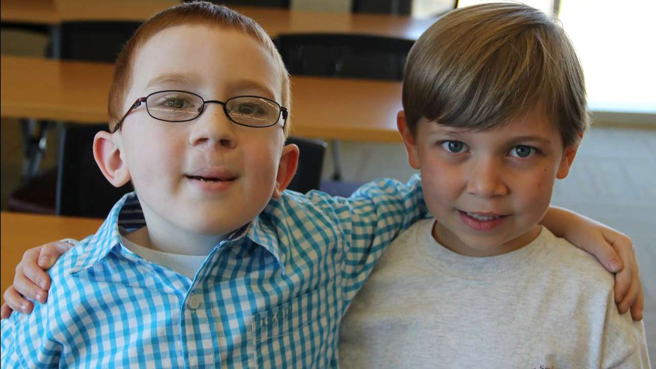 8-year-old best buddies raise money for other kids' surgeries