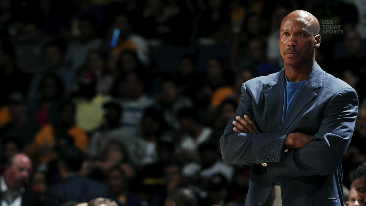 Byron Scott out in LA
