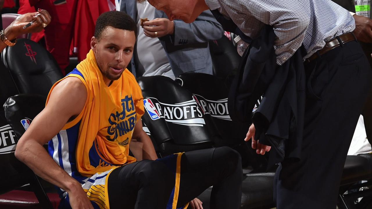 Curry out with MCL sprain