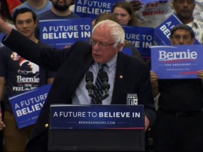 Bernie Sanders shows no sign of slowing campaign