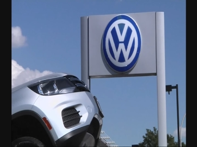 Volkswagen outlines impact of emissions scandal