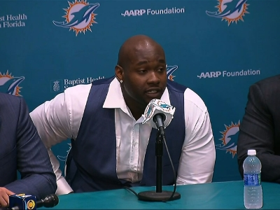 Laremy Tunsil, once believed to be a potential No. 1 NFL draft pick, but then tumbling to 13th after a video showed him smoking from a bong, played down the slide at his introductory press conference with the Miami Dolphins Friday. (April 29)