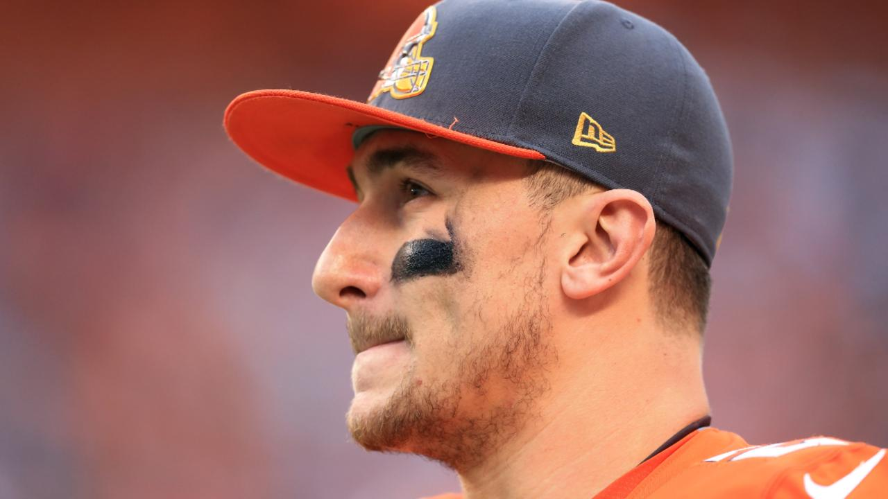 After staying relatively quiet during a turbulent offseason, Johnny Manziel sent out a series of tweets on Friday night thanking his friends and family for support.