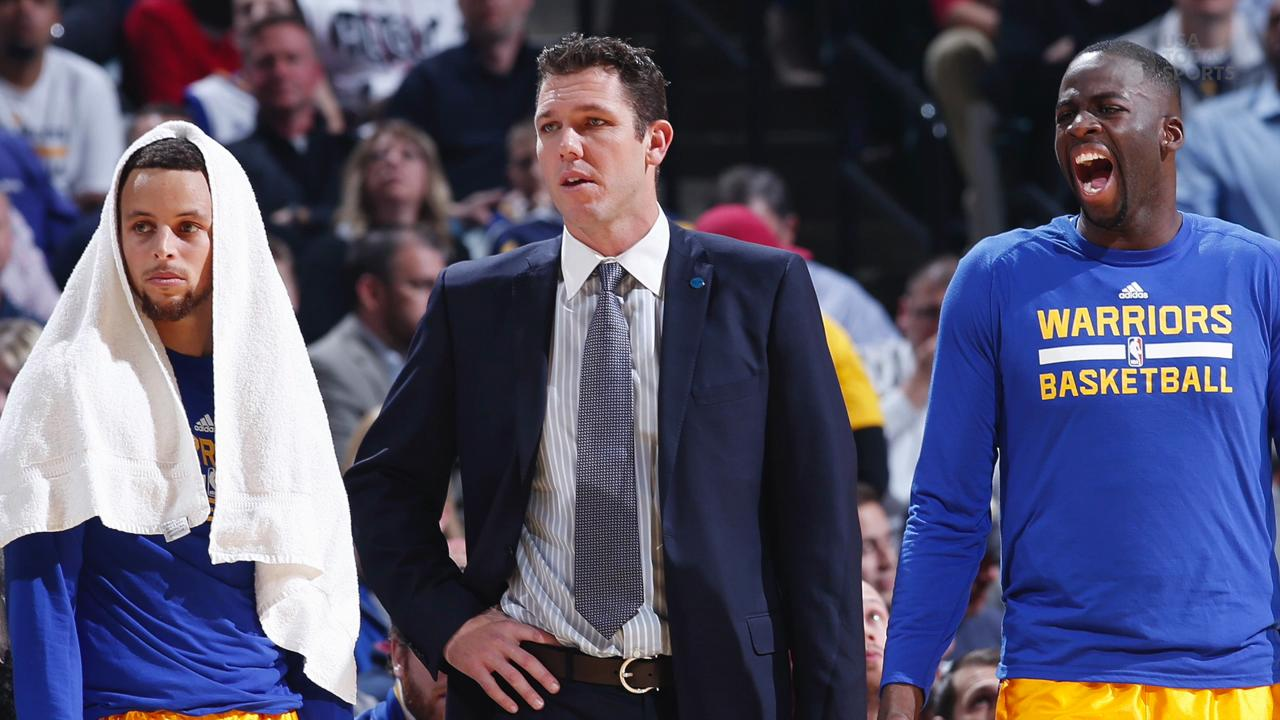 The Los Angeles Lakers announce Luke Walton as their new head coach.