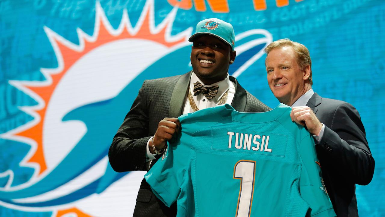 SI.com's Boomer Esiason discusses Laremy Tunsil's drop in the NFL draft after a video surfaced of him smoking marijuana.