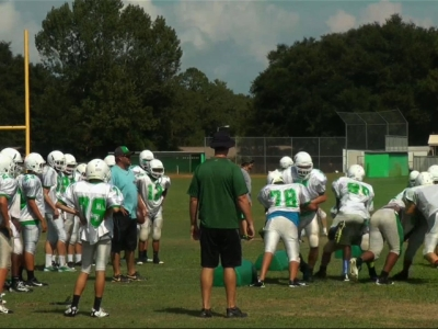 The first concussion study of its kind found youth football players are more likely to return to play less than a day after injury than those in high school and college. (May 1)