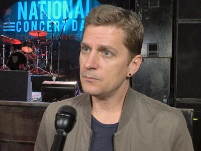 At National Concert Day in New York, Rob Thomas talks about touring with Counting Crows, while Wiz Khalifa, Joan Jett and Dierks Bentley also discuss their forthcoming gigs. (May 4)