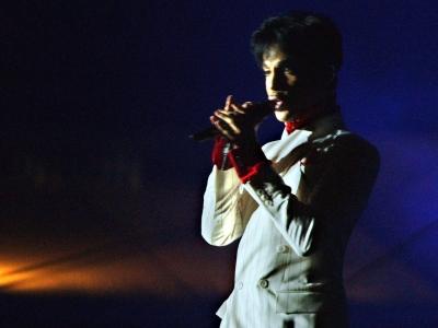 "Former Prince assistant says he was healthy, energetic; Stones, Dylan, McCartney play Coachella in October; Emmerich ""bummed"" about Will Smith's 'Independence Day' absence. (May 4)"