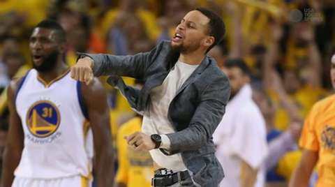 Warriors win while Curry eyes return