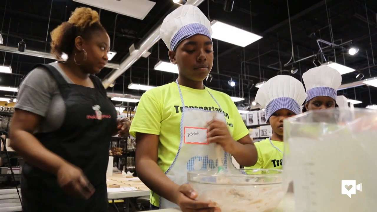 Kids learn life lessons through cookie-making class