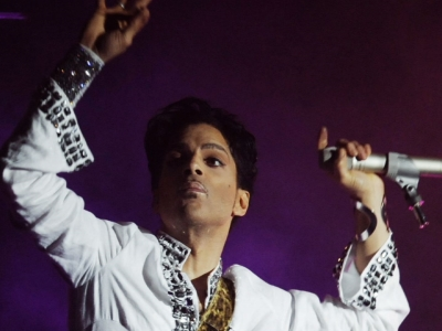 Warrant: Doctor prescribed drugs for Prince