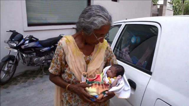 Elderly Indian woman gives birth to first child