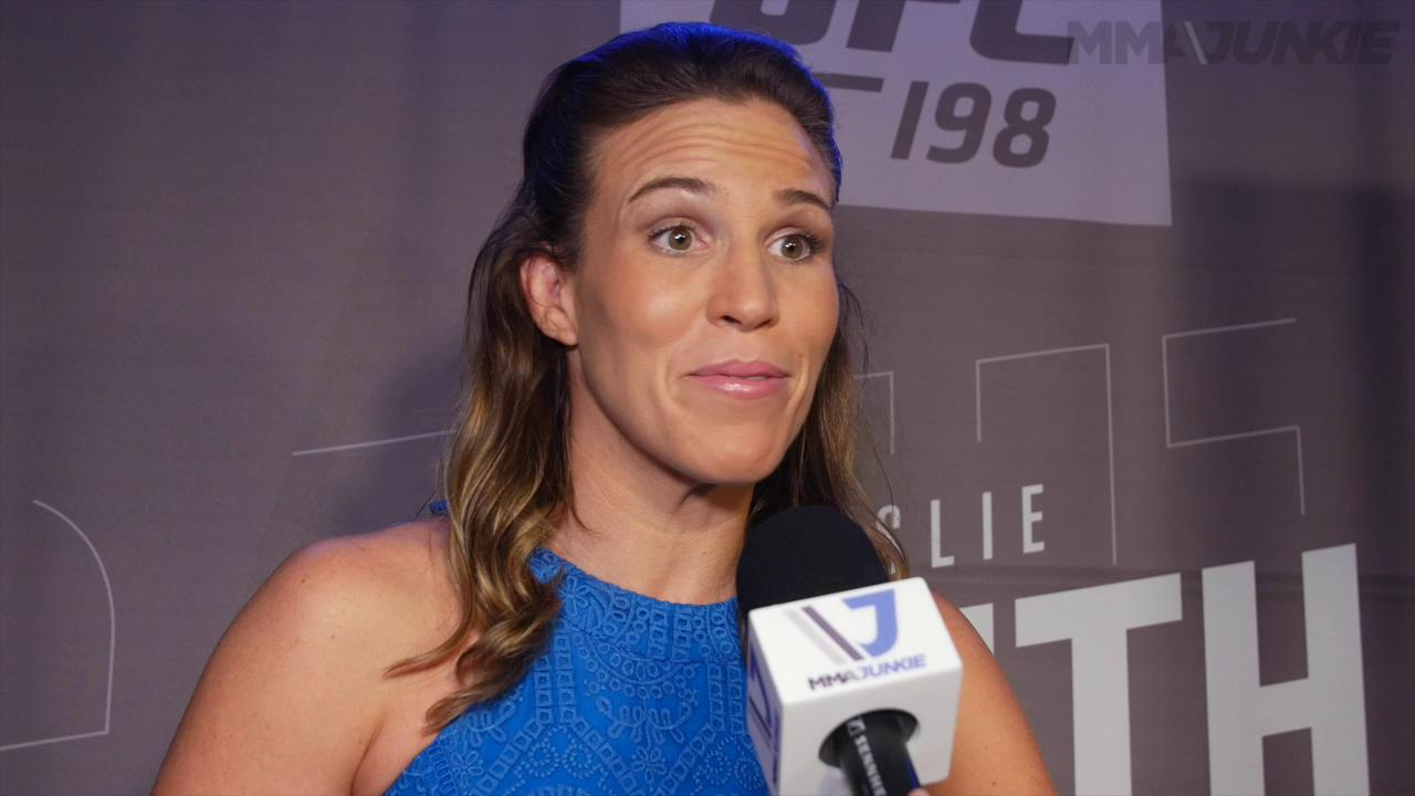 Leslie Smith believes she has the key to beating Cristiane Justino at UFC 198
