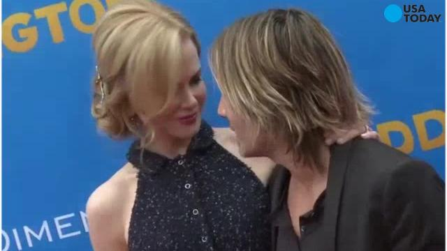 Keith Urban and Nicole Kidman perform their own car karaoke