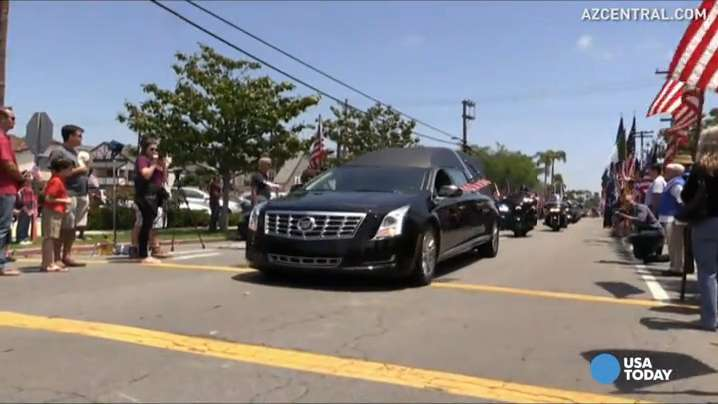Crowds honor fallen Navy SEAL Charles Keating